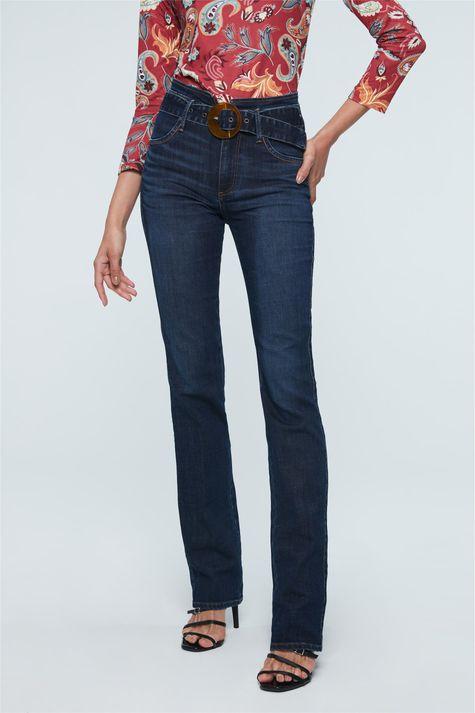 Calca-Jeans-Reta-Cintura-Alta-com-Fivela-Costas--