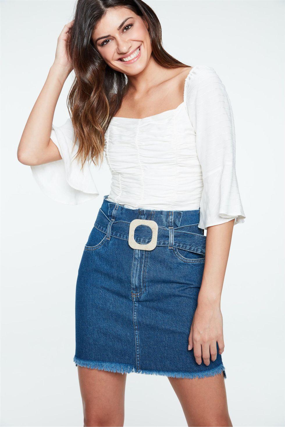 Saia-Jeans-Mini-Clochard-com-Fivela-Frente--