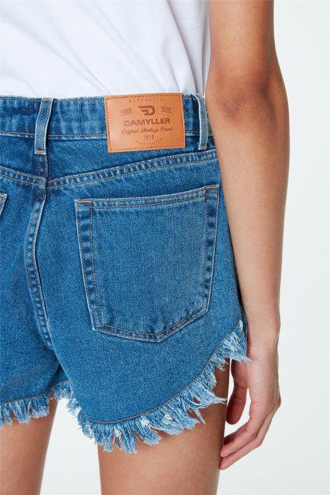 Short-Jeans-Micro-Desfiado-Cintura-Alta-Detalhe--