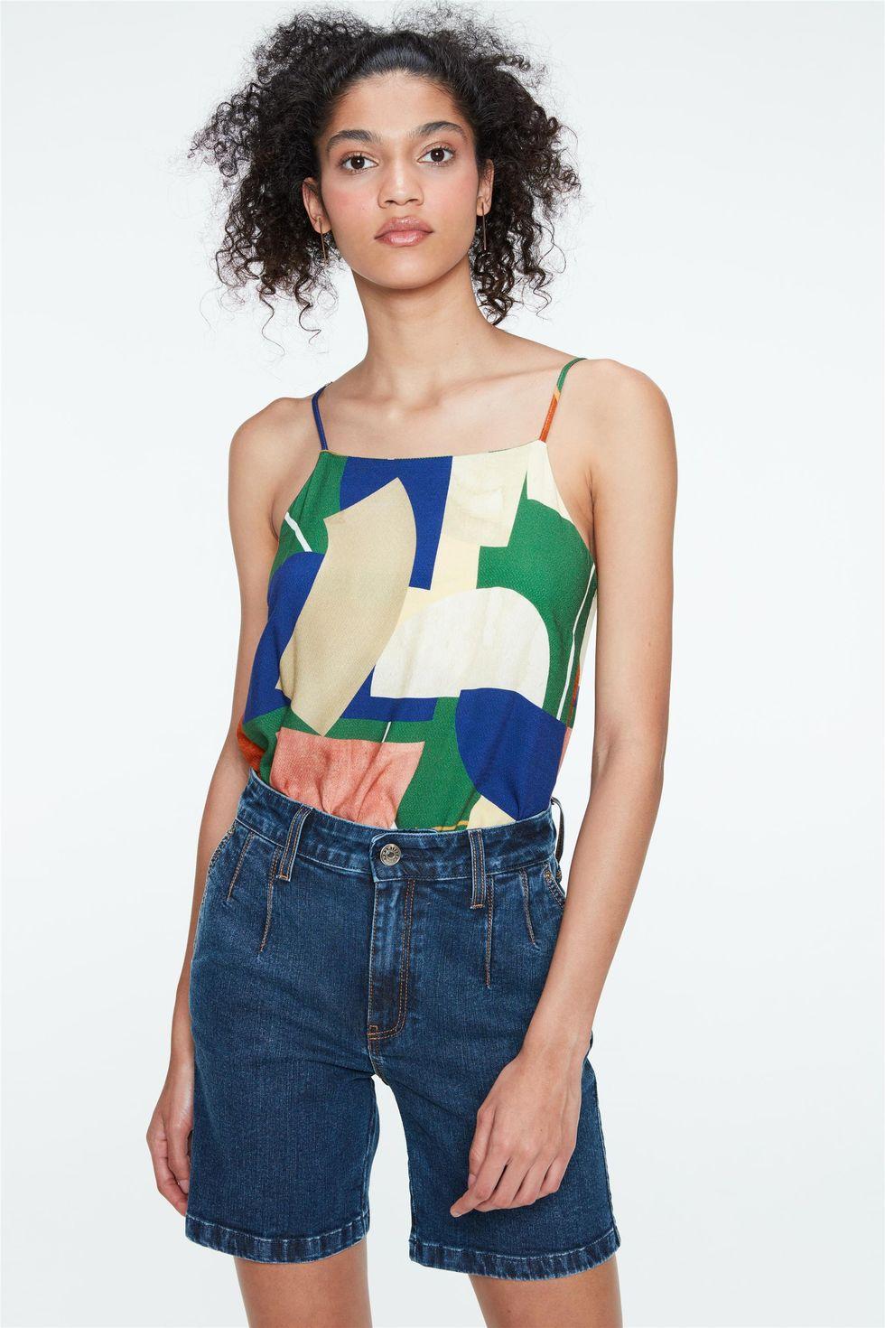 Bermuda-Jeans-Cintura-Alta-com-Pregas-Frente--