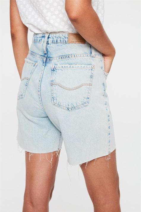 Bermuda-Jeans-com-Rasgos-Cintura-Alta-Costas--
