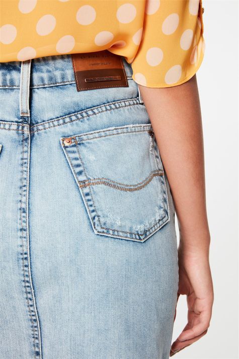 Saia-Jeans-Media-Barra-Desfiada-Detalhe--