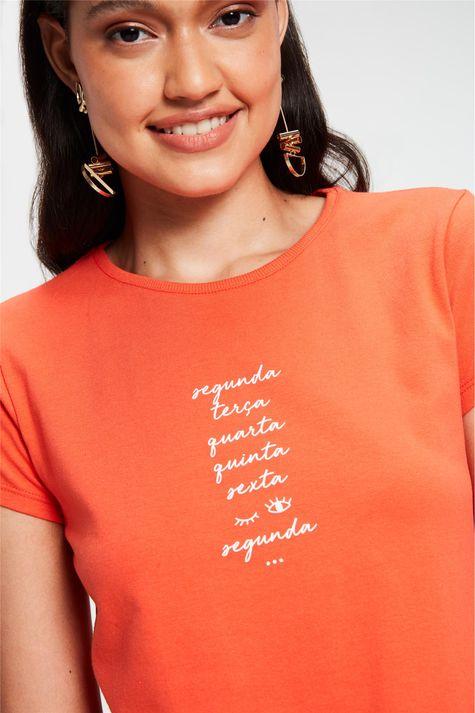 Camiseta-com-Estampa-Dias-da-Semana-Frente--