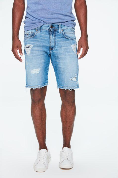Bermuda-Jeans-Skinny-Rasgada-Masculina-Detalhe--