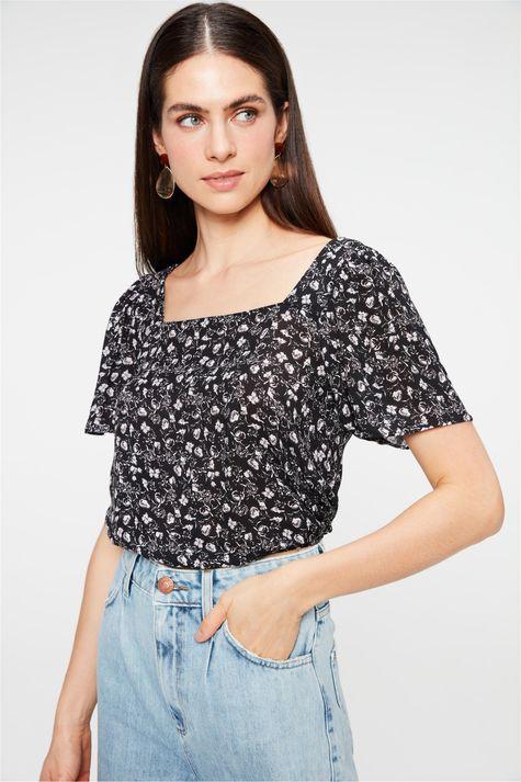 Blusa-Decote-Quadrado-com-Estampa-Floral-Frente--