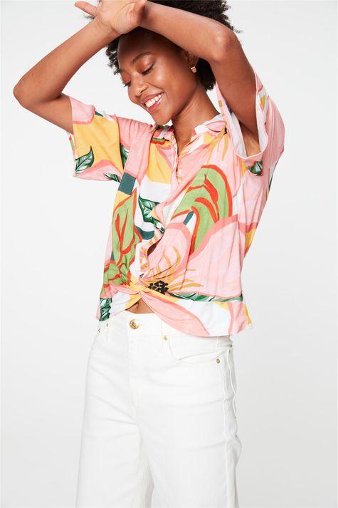 Camisa-de-Manga-Curta-com-Estampa-Floral-Frente--