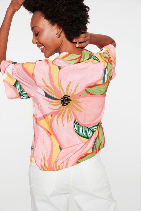 Camisa-de-Manga-Curta-com-Estampa-Floral-Costas--