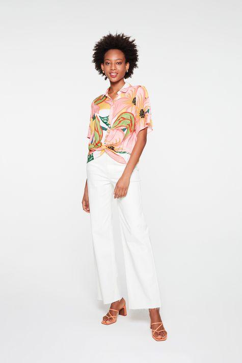 Camisa-de-Manga-Curta-com-Estampa-Floral-Detalhe-1--