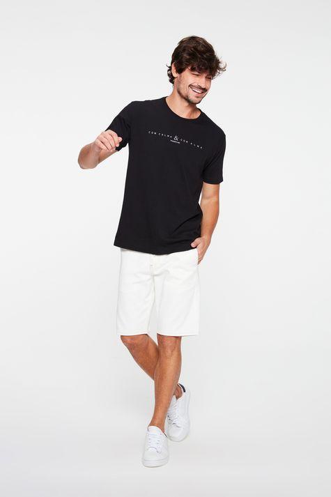 Camiseta-Estampa-Com-Calma-e-Com-Alma-Detalhe-1--