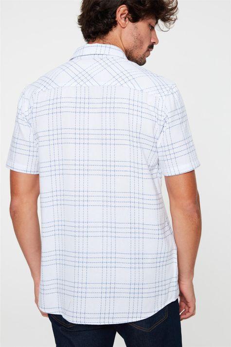 Camisa-de-Manga-Curta-Estampa-Xadrez-Costas--