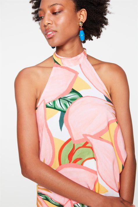 Blusa-Frente-Unica-com-Estampa-Floral-Detalhe--