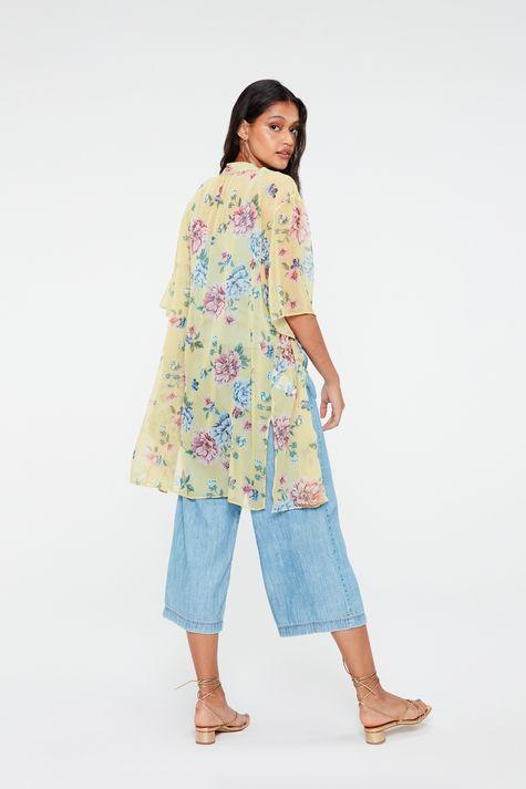 Kimono-Leve-com-Estampa-Floral-Costas--