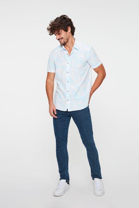 Camisa-com-Estampa-de-Folhas-Masculina-Detalhe-1--