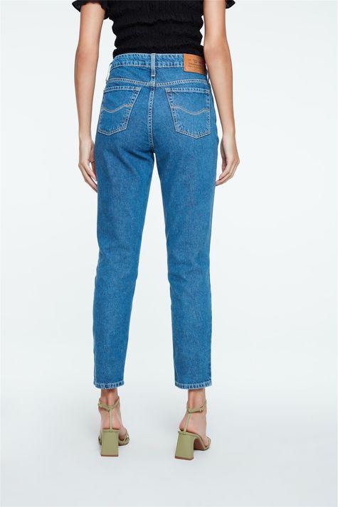 Calca-Mom-Jeans-Azul-Medio-Costas--