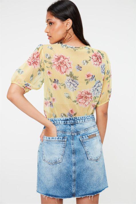 Saia-Jeans-Mini-com-Pregas-e-Rebites-Costas--