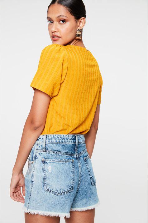 Short-Jeans-Micro-Desfiado-com-Franjas-Costas--