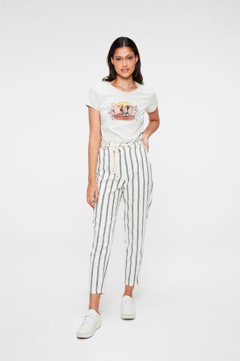 Camiseta-com-Estampa-Impress-Me-Human-Detalhe-1--