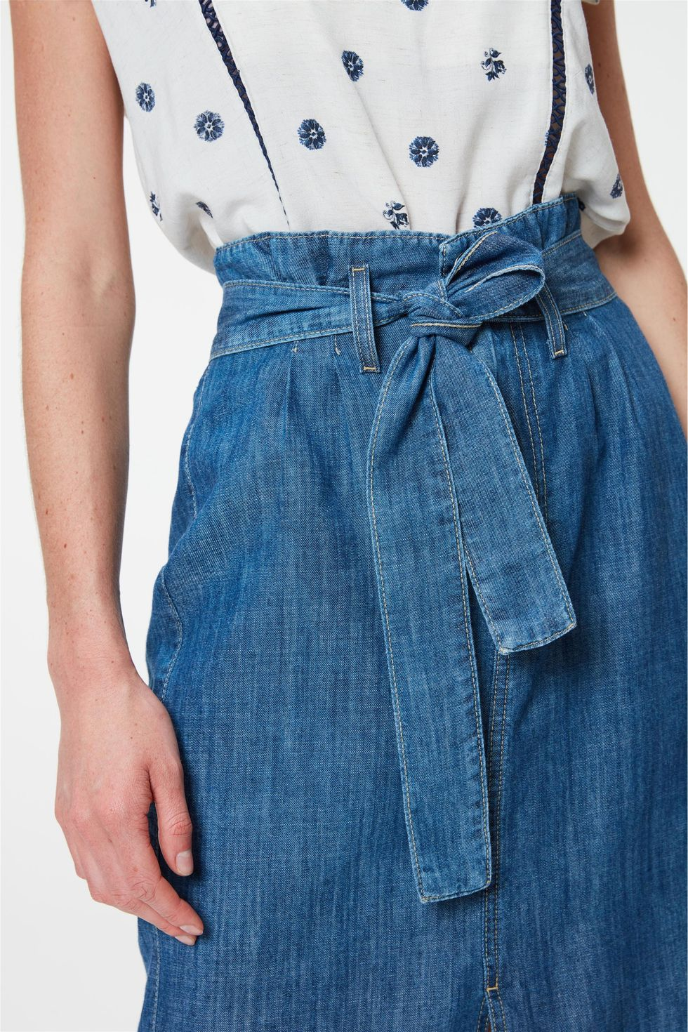 Saia-Jeans-Midi-Clochard-Com-Fenda-Frente--