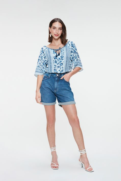 Blusa-Cropped-Jeans-com-Estampa-Floral-Detalhe-1--