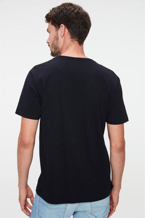 Camiseta-Estampa-British-Eagle-Masculina-Costas--