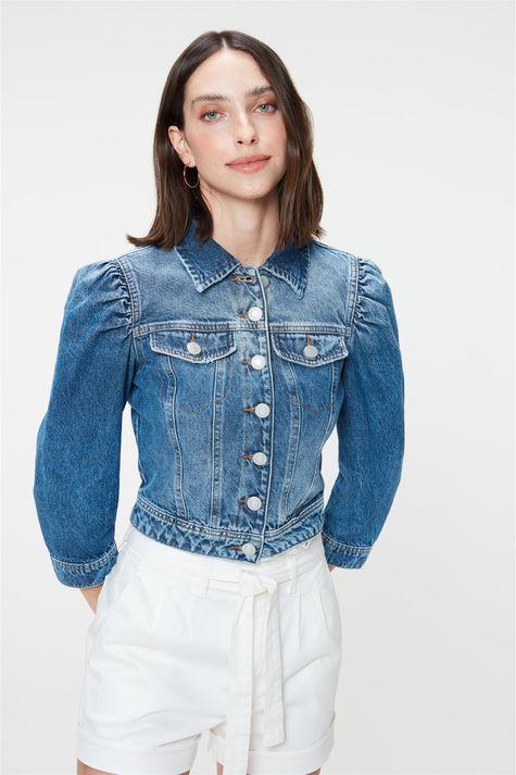 Jaqueta-Jeans-com-Mangas-3-4-Bufantes-Detalhe-1--