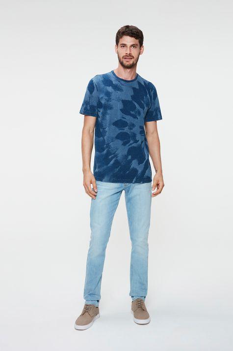 Camiseta-com-Estampa-Tie-Dye-Masculina-Detalhe-1--