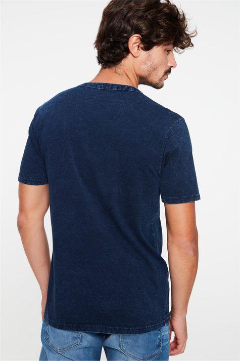 Camiseta-Henley-de-Malha-Denim-Masculina-Costas--