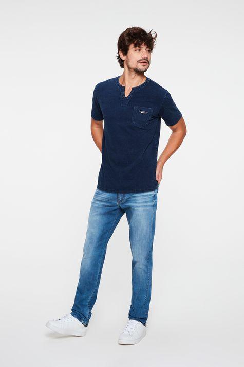 Camiseta-Henley-de-Malha-Denim-Masculina-Detalhe-1--