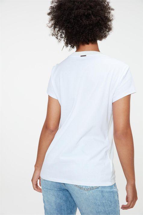 Camiseta-com-Estampa-Localizada-Feminina-Costas--