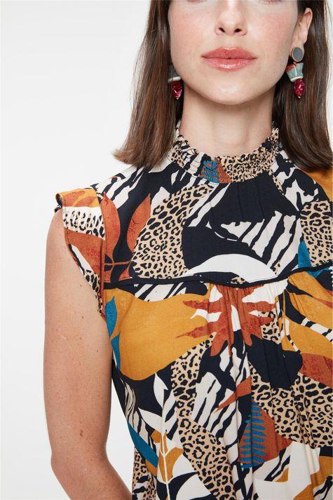 Blusa-Soltinha-com-Estampa-Animal-Print-Detalhe--
