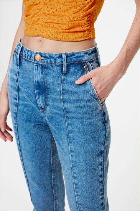 Calca-Jeans-Slim-Cropped-Cintura-Alta-Detalhe-2--