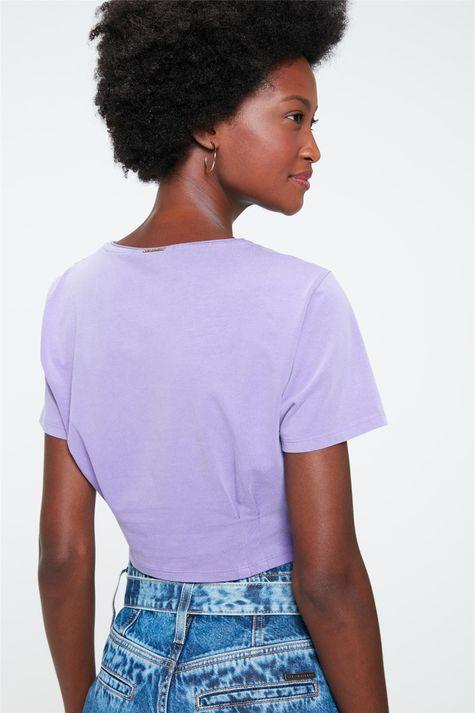 Camiseta-Cropped-com-Estampa-Quem-Never-Costas--