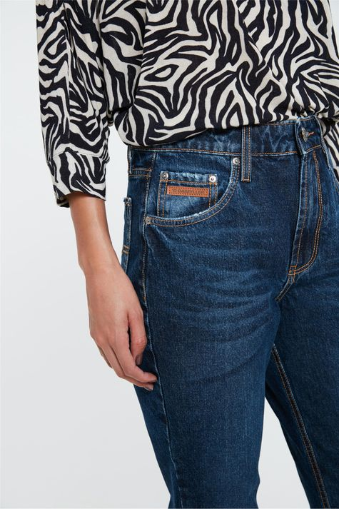Calca-Mom-Jeans-Azul-Escura-Cropped-Detalhe-1--