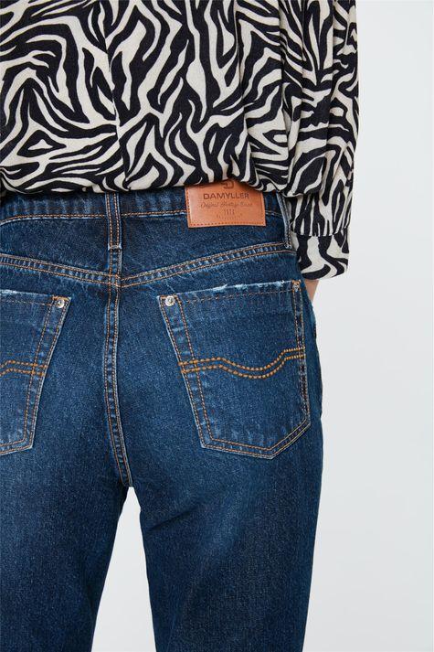 Calca-Mom-Jeans-Azul-Escura-Cropped-Detalhe-2--