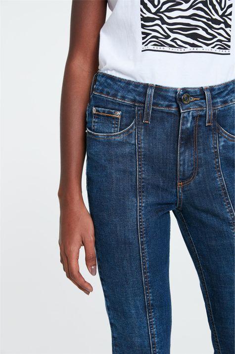 Calca-Jeans-Reta-Cintura-Alta-Recortes-Detalhe-1--