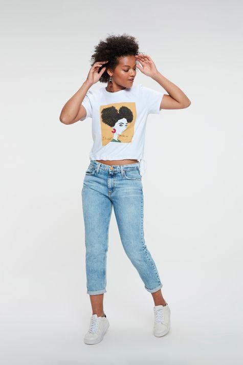 Camiseta-com-Estampa-e-Franzida-na-Barra-Detalhe-1--