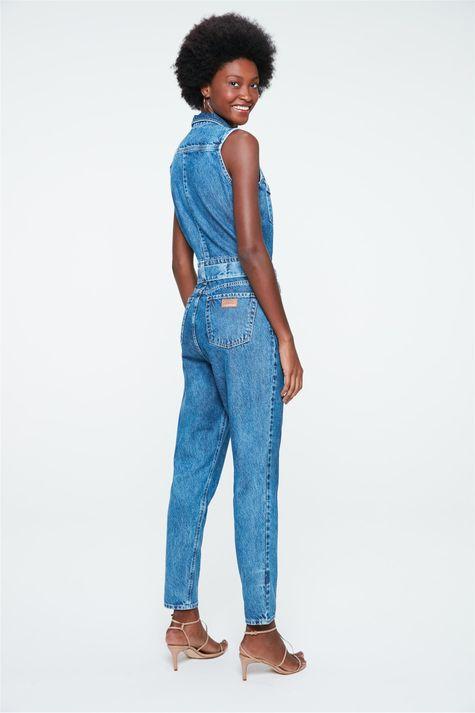 Macacao-Jeans-Cropped-sem-Mangas-Detalhe--