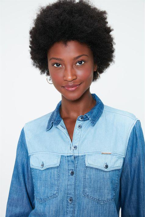 Camisa-Patchwork-Jeans-Feminina-Detalhe-1--
