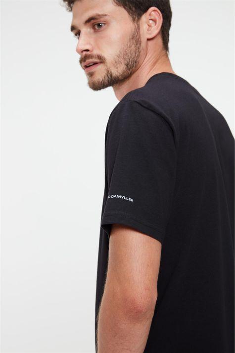 Camiseta-Estampa-We-Are-Jeans-Masculina-Detalhe-1--