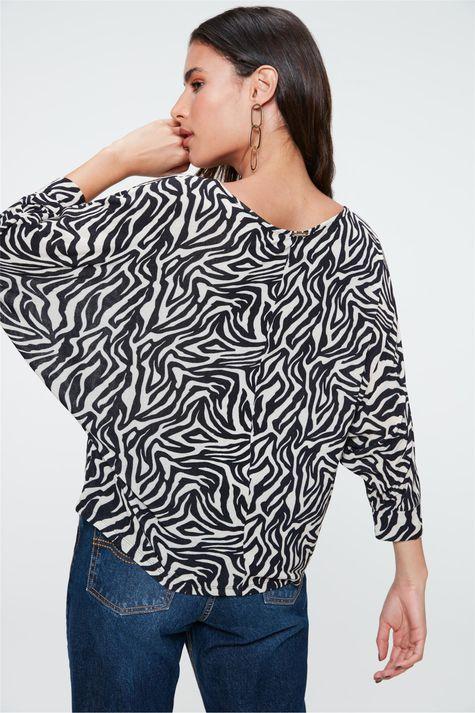 Blusa-Manga-Morcego-com-Estampa-de-Zebra-Costas--