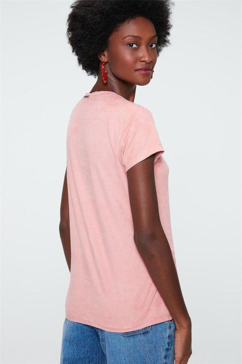 Camiseta-de-Suede-com-Estampa-de-Onca-Detalhe--