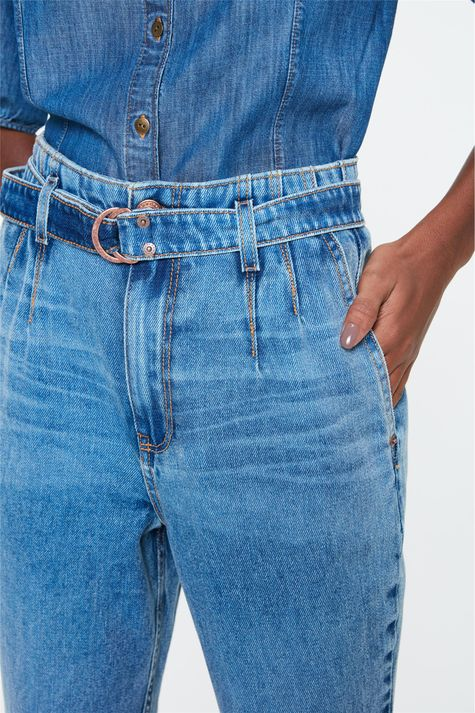Calca-Jeans-Reta-Cintura-Alta-com-Cinto-Frente--