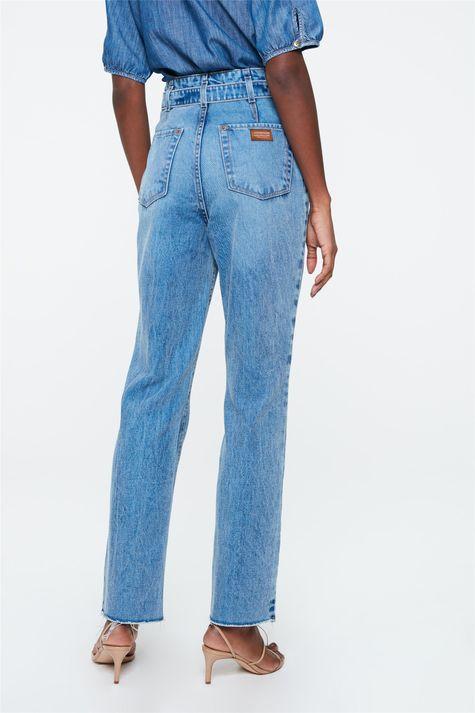 Calca-Jeans-Reta-Cintura-Alta-com-Cinto-Detalhe--