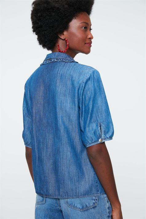 Camisa-Jeans-com-Gola-de-Babado-Detalhe--