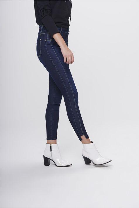 Calca-Jeans-Cropped-Jegging-Cintura-Alta-Lado--