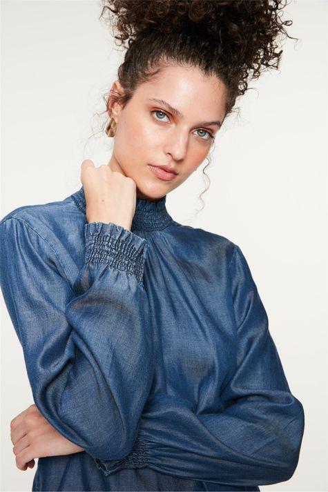 Blusa-Jeans-com-Mangas-e-Gola-Franzida-Frente--