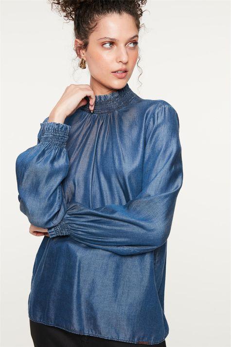 Blusa-Jeans-com-Mangas-e-Gola-Franzida-Detalhe--