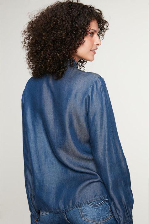 Camisa-Jeans-com-Estampa-Floral-Feminina-Costas--