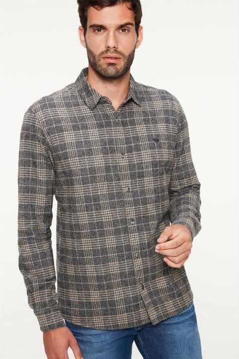 Camisa-Flanelada-Xadrez-Masculina-Detalhe--