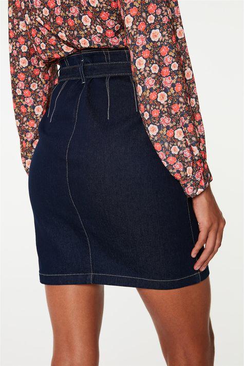 Saia-Jeans-Media-Clochard-com-Pregas-Detalhe-1--